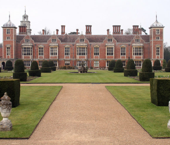 blickling_hall_garden_original